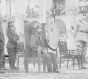 Coronation_of_Prince_Faisal_as_King_of_Iraq_1921.jpg